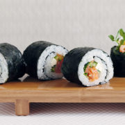 Smoke Salmon Roll
